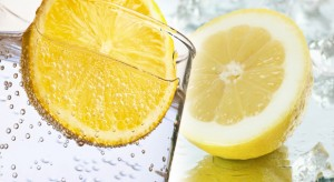 10-Benefits-of-Drinking-Lemon-Water-Daily