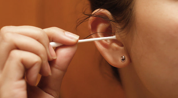 Way-Cotton-Swabs-In-Your-Ears
