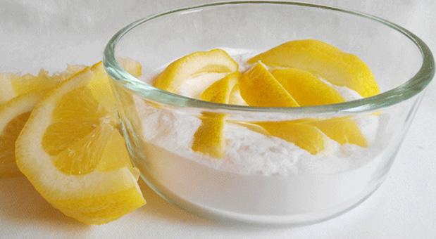 Mixing-Baking-Soda-and-Lemon-Can-Save-Lives