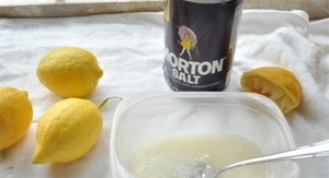 lemon-salt-mixture