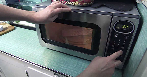 10 Amazing Things A Microwave Can Do