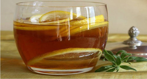 Warm-Water-With-Honey-And-Lemon
