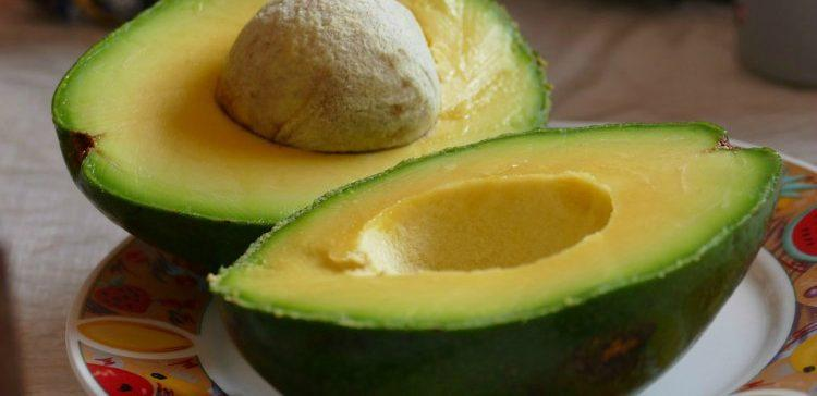 Halved-Avocado-7C
