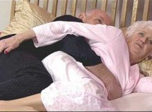 couple-massage-funny